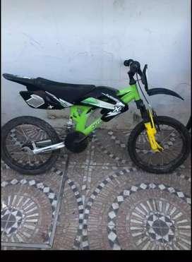 Bicicleta estilo moto niños