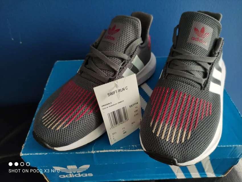Tenis Adidas originales unisex nuevos #(33)