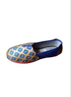 zapatillas suela roja rombos azules con envio gratuito