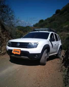 Duster 2015 4x4 Full Equipo