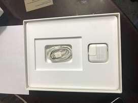 ipad 3 pantalla retina de 64gb, cargador original y estuche