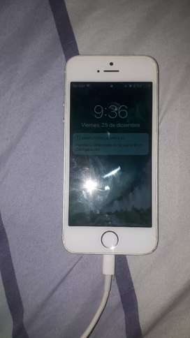 Iphone 5s 10/10 $110 negociable