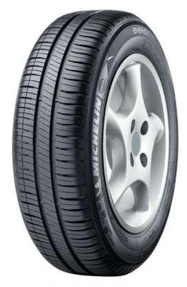 Vendo Llanta Michelin 185/65r15 Energy