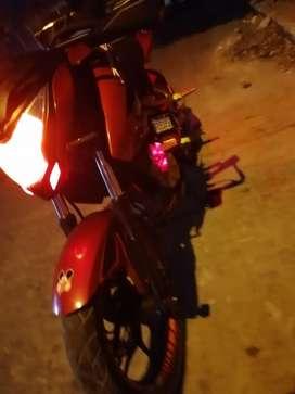 Linda motocicleta plusar 200 ns