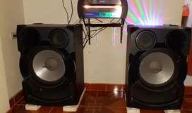 Equipo de sonido SONY SHAKE X70D