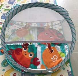 Gimnasio portatil para bebes - fisher price