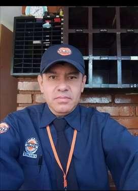 Busco trabajo como guarda de seguridad