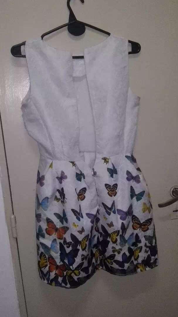Vestido informal con diseño mariposas LEER EL AVISO 0