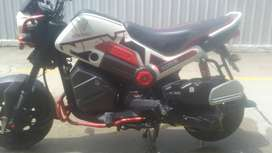 moto honda navy semi nueva