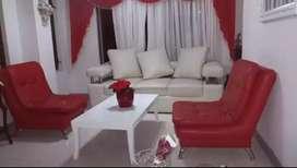 Juego de sala blanco y rojo
