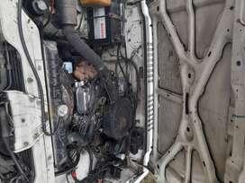 Se vende un Mitsubishi montero 1987 tipo jeep 5 puertas Al dia  Motor  en perfectas condiciones al igual q su transmisió
