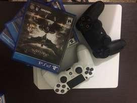Play satiation 4 slim +2 mandos +3 juegos físicos y uno virtual