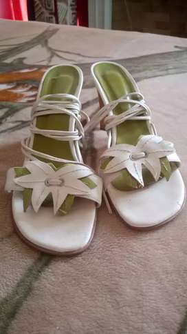 Sandalias de cuero