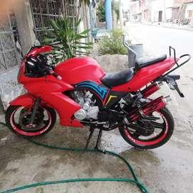 Vendo Moto LAMBORBINI LM 250-5D.