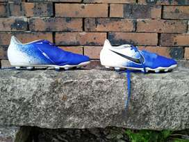 Guayos Nike phantom venom