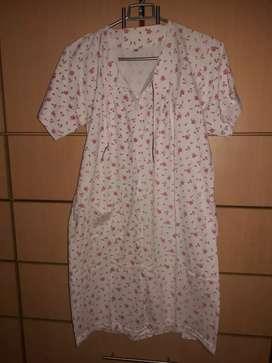 Bata pijama ropa de dormir con botones talla M usado
