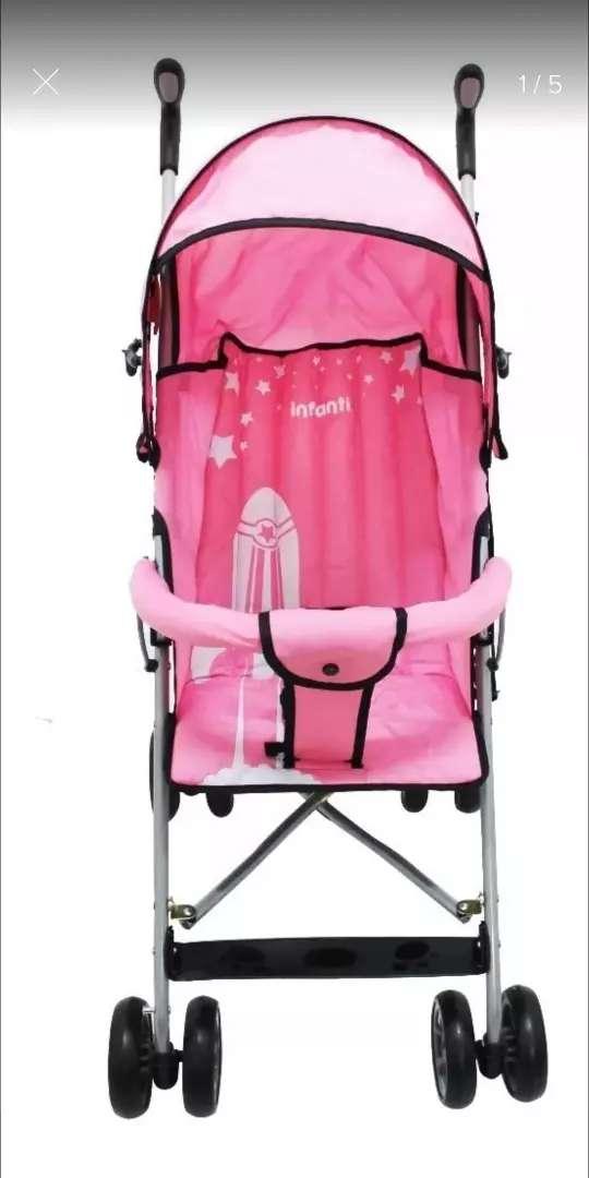 Coche paseador Infanti color rosado 0