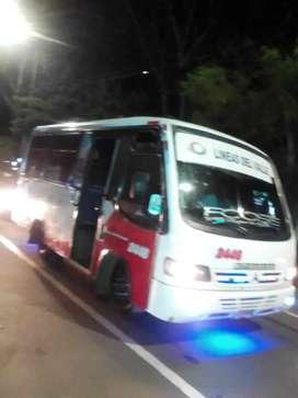 vendo buseta intermunicipal 19 pasajeros permuto por taxi se encima