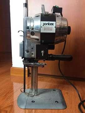 Maquina cortadora tela