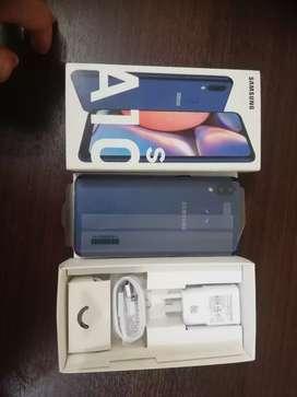 Vendo Samsung A 10 S nuevo de paquete. Para todas las operadores en óptimas condiciones