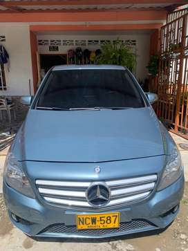 Vendo mercedes Benz B180