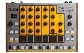 Caja de ritmos analógica de percusión TOM CAT