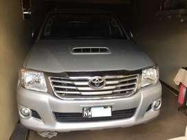 Vendo Toyota Hilux 3.0 SRV Cuero 2014