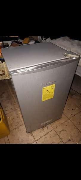 Refrigeradora Electrolux usada