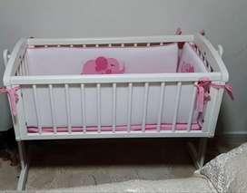 Cuna para bebé Swinging crib mothercare