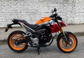 Vendo Moto Honda CB-190 R versión Repsol