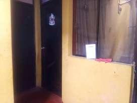 Vendo casa en parte baja de Cerro colorado a un paso de la av.peru en la urb.tupac amaru muy buena zona