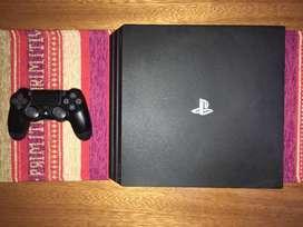 PS4 PRO con caja completa y 4 juegos