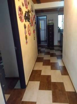 Arriendo casa en Manrique Central