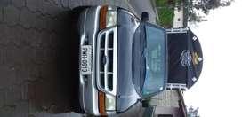 Ford ranger xl 4x2 color negro con carpa nueva y tubos reforzados segundo dueño utilizado 3 meses precio negociableiable