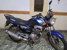 Yamaha YBR 125 mod 2005 brasilera.