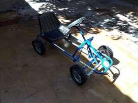 Carting a pedales - Ruedas de Goma