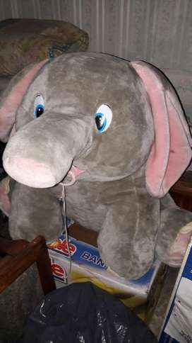 Elefante Peluche Grande
