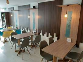 Decoracion restaurant con mesas