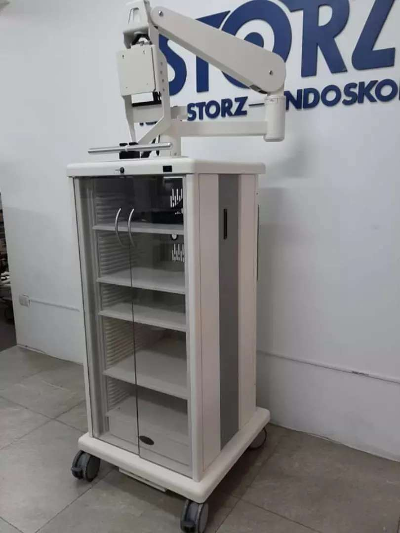 Coche para torre de laparoscopia 0
