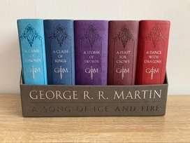 George R. R. Martin Boxed Set: A Game Of Thrones