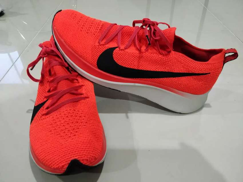 Tenis running Nike Zoom Fly 2 Flyknit Naranja. Talla US 10.5