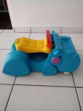 Hipopótamo de Fisher Price andador y carrito para niños de 9 meses a más