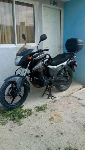 Vendo moto Yamaha SzR 153cc en buen estado