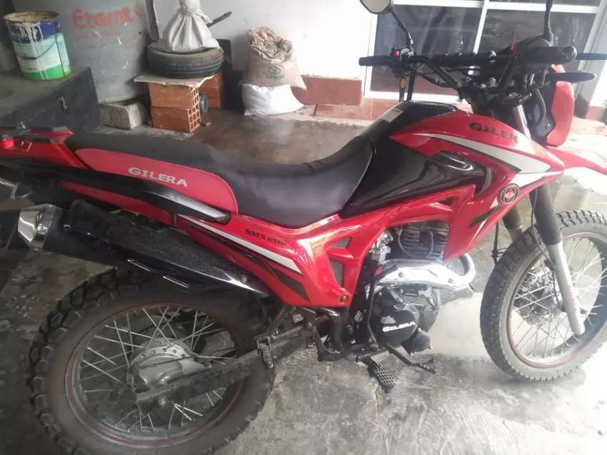 Vendo Gilera smx 200 0