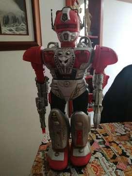 Robot antiguo para coleccionistas