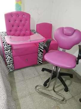 Mueble maniquiur y pediquiur silla de peluquiar