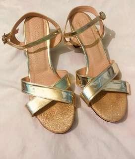 Vendo sandalias talla 38