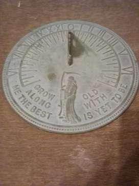Reloj de Sol de Bronce Antiguo Americano