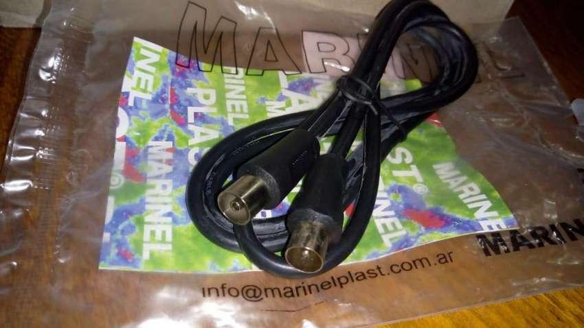 Cable 1,2m  - Pin grueso macho a Pin grueso hembra - VCR /Antena RF 0