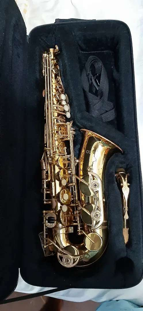 Saxofon Alto (Japones) Marca Ozeki 0
